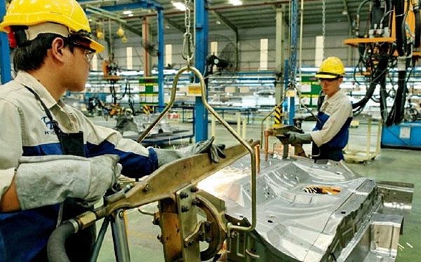 Đơn hàng gia công cơ khí tại Nhật Bản - Vất vả nhưng lương cao?