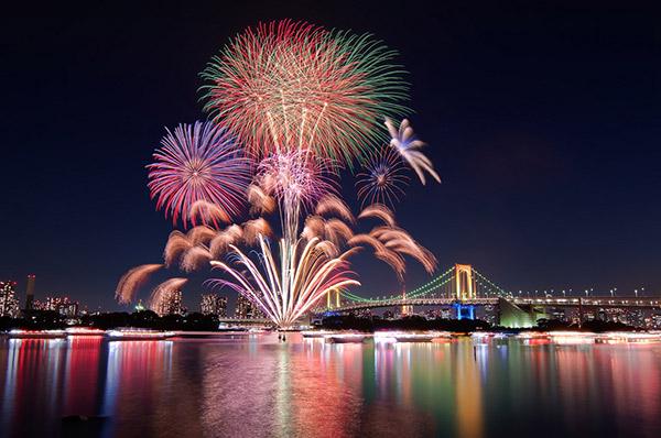 Lễ hội pháo hoa sông Sumida diễn ra tại Tokyo