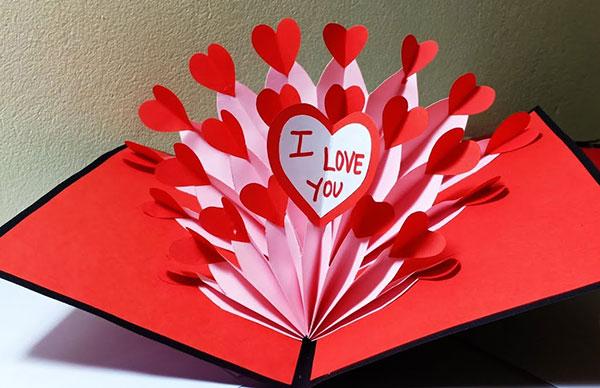 Thiệp kirigami ngày Valentine